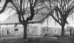 1945:2
